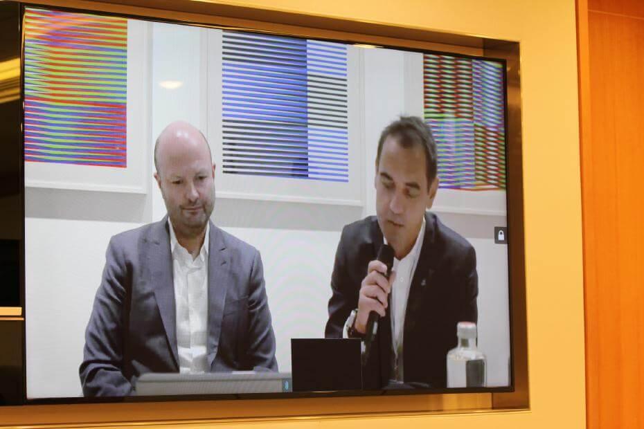 與瑞銀集團環球贊助部門主管Björn Wäspe、臺北當代藝博會總監任天晉( Magnus Renfrew)連線畫面。圖/非池中藝術網攝。
